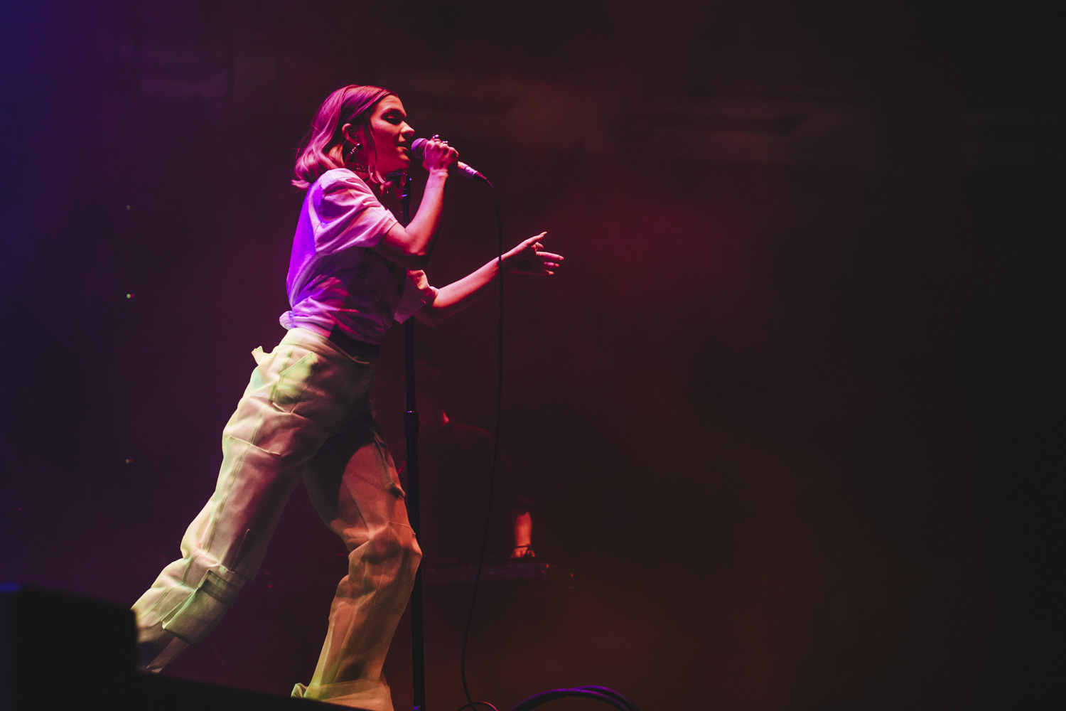 "Is it just us, or should we make Lorde an honorary Seattleite? The New Zealand singer was just here playing the Amazon holiday party, is back again at the KeyArena tonight (March 9, 2018) on her Melodrama World Tour, AND will return this summer for Bumbershoot. Ohhhhh she likes us! The concert at the KeyArena was packed with fans eager to see the young pop singer belt out her signature hits, including international crossover hit ""Royals"". (Image: Sunita Martini / Seattle Refined){ }"